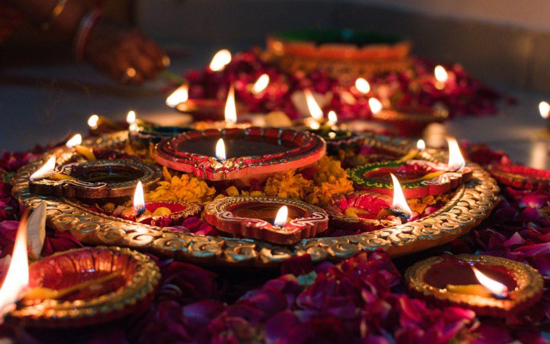 Blog Diwali Yoga Hoe Diwali yoga mijn nieuwe naam werd. voorjaar 2020, happy diwali 14-11-2020